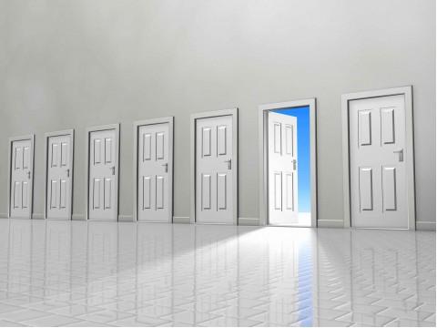 Cánh cửa du học đang rộng mở chờ đón bạn